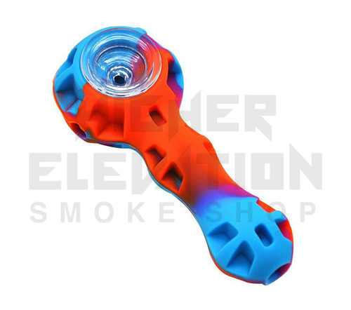 "4.5"" Silicone Handpipe w/ Dish & Dabber (assorted colors)"