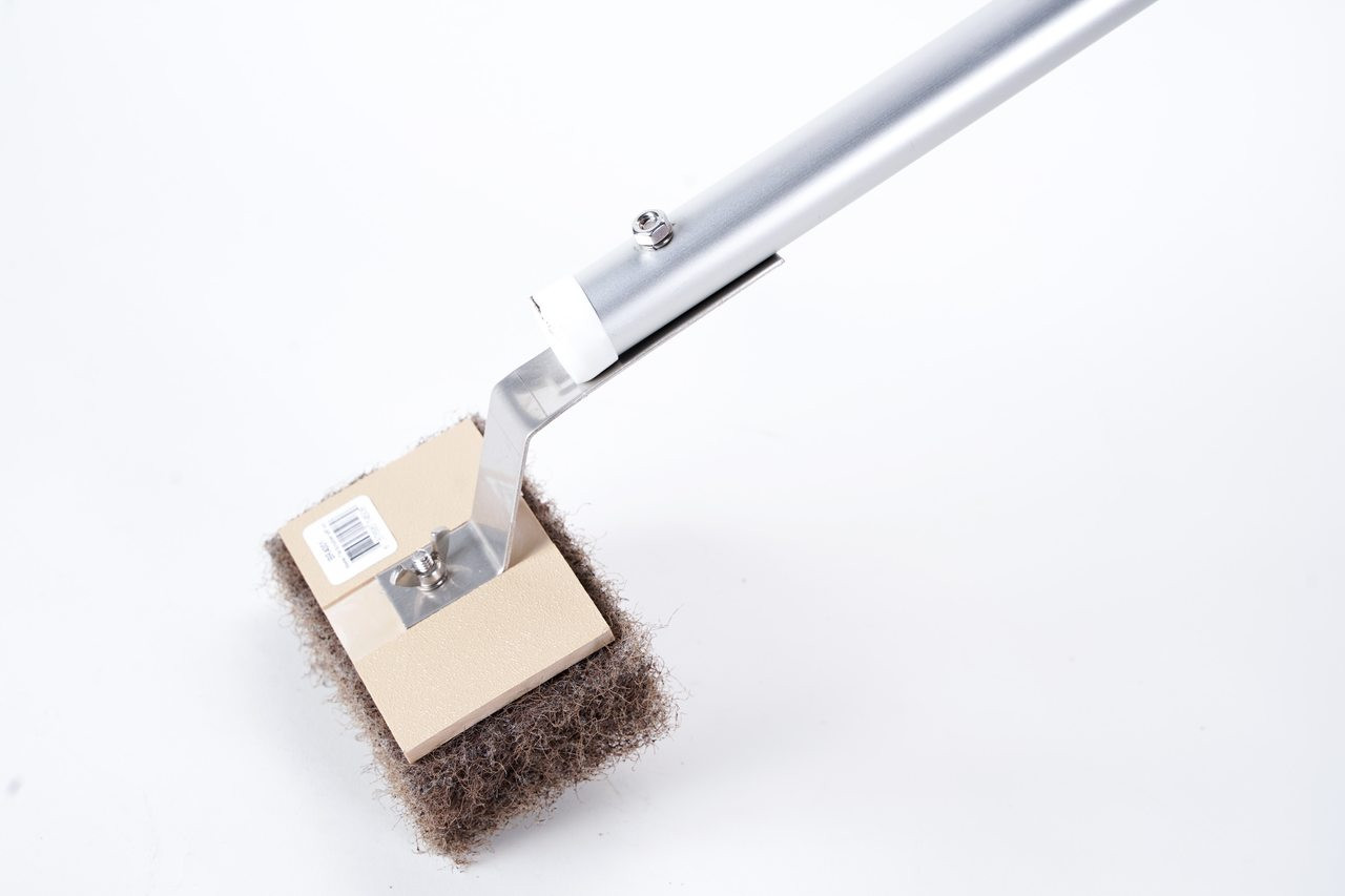 Tile Brush with attached 5' Pole, Brown-coarse Pad
