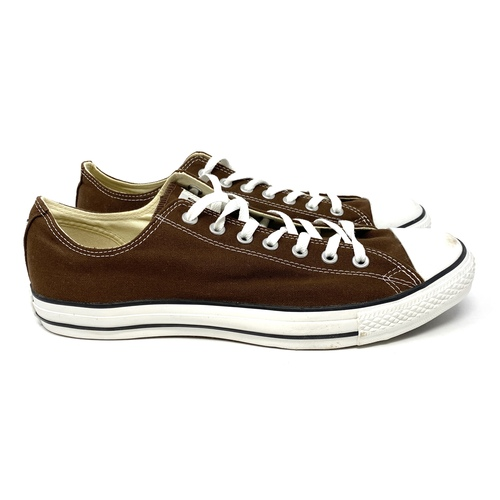 Converse Chocolate Low Top- Right