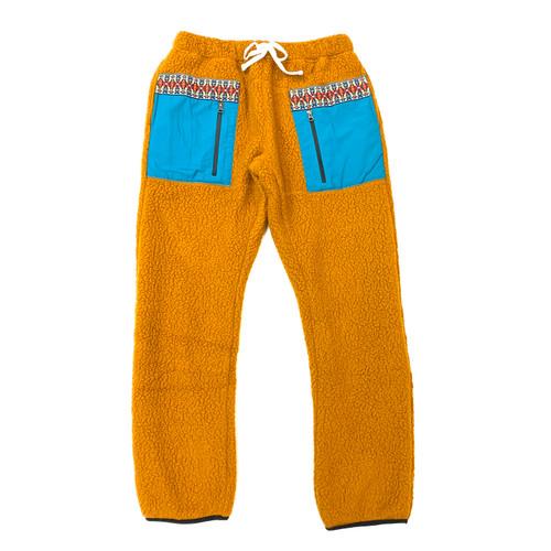 18 East Mansfield Fleece Pants- Front