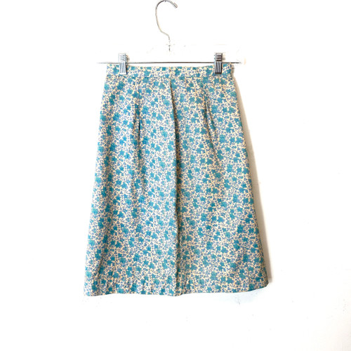 Vintage Floral Printed Structured Skirt- Front
