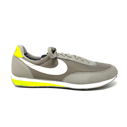 Nike Vintage Style Waffle Runners- Right
