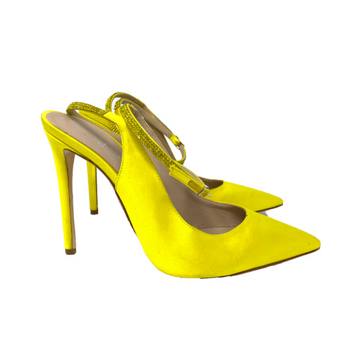 Sebastian Canarie Pointed Toe Pumps- Right