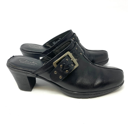 Clarks Patent Leather Mary Janes- Right