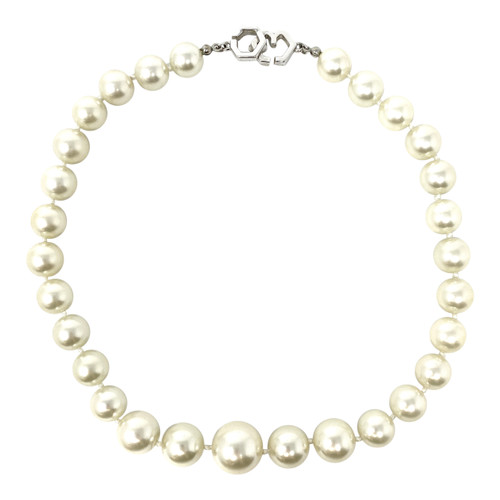 Hook Clasp Pearl Choker- Front