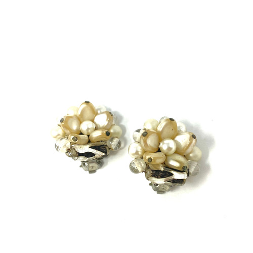 Vintage Pearl Cluster Clip On Earrings- Front