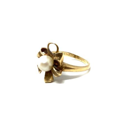 Vintage Pearl Flower Ring- Thumbnail