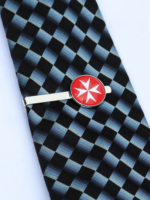 Maltese Cross Tie Bar