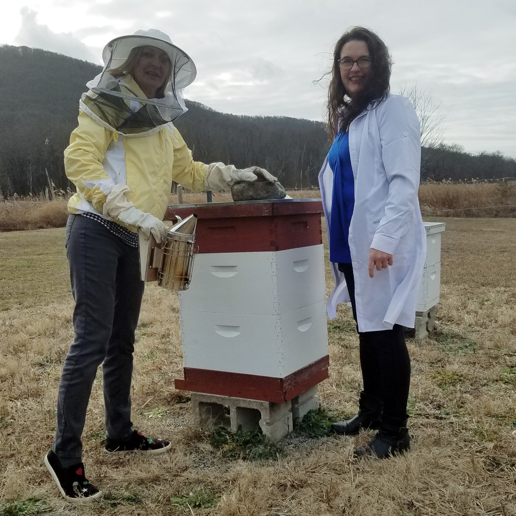 Honey Buz Apiary -Cindy and Tanja-Sussex County NJ