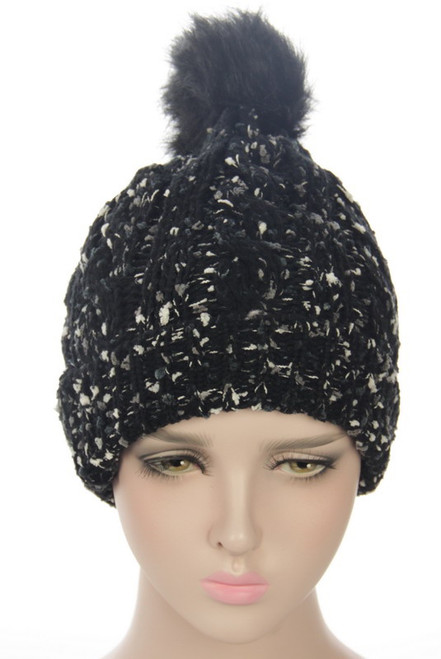 2 tone Textured beanie with fleece lining and fur ball pompom