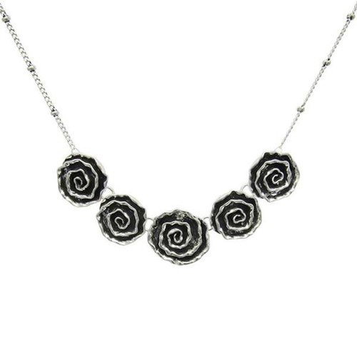 5 rose antique style necklace