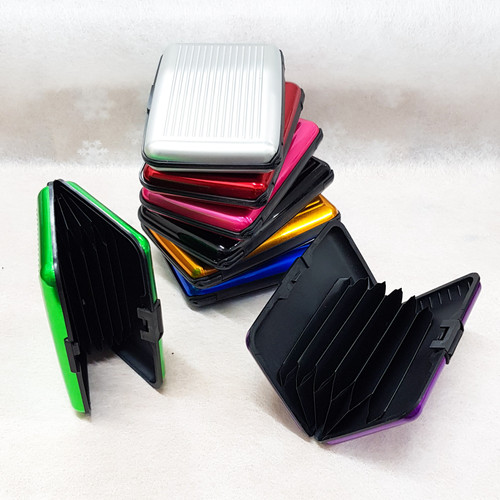 Security Credit Card Wallet (Blocks RFID scanning of your credit cards by thieves)