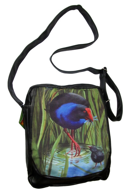 New Zealand Pukeko painting by Monique Endt from Titirangi, Auckland on a shoulder bag