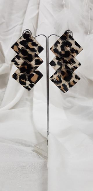 Resin earrings 13432