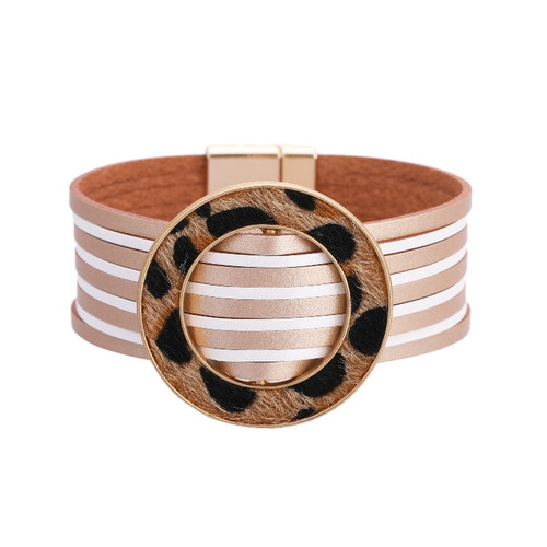 Leather bracelet with large ring and magnetic fastener (4 colour styles)