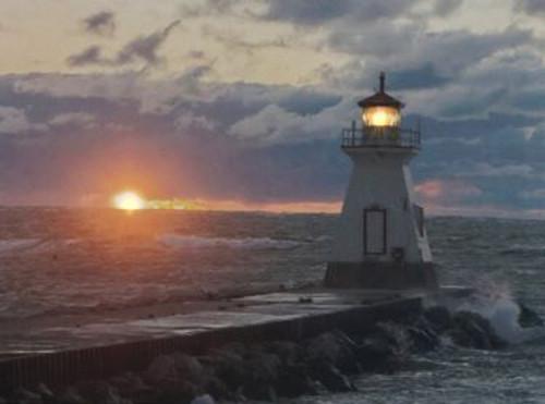 "LED lit canvas 30 x 40cm - ""Beacon of Hope"""