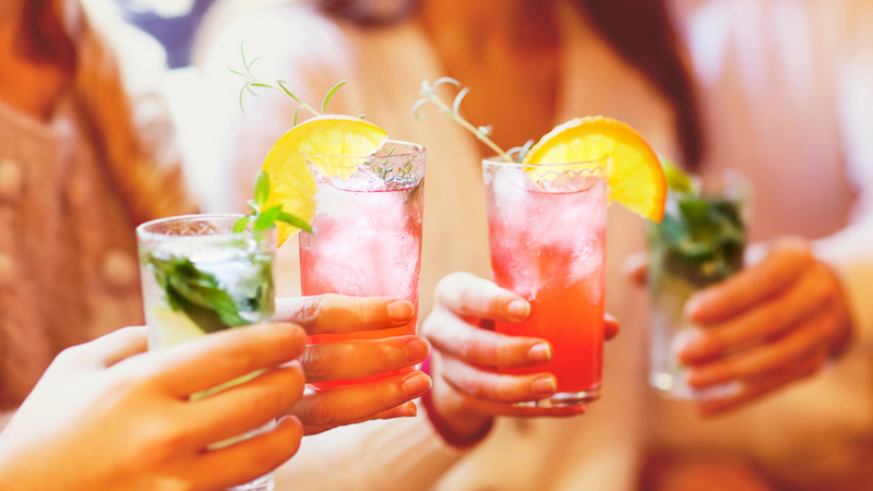 How to Host an Outdoor Cocktail Party