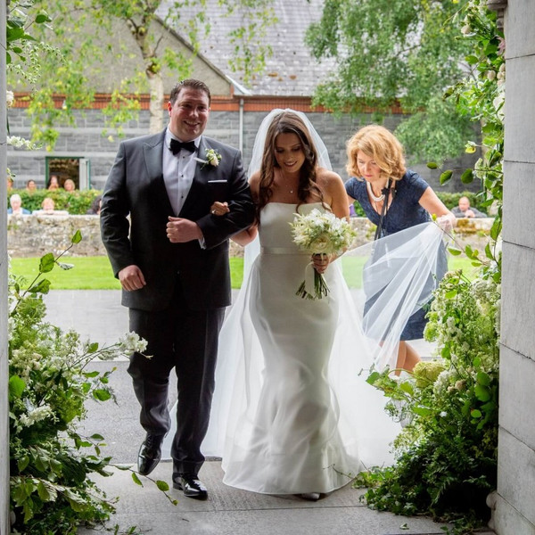 Why hire a wedding planner and what they can do for you