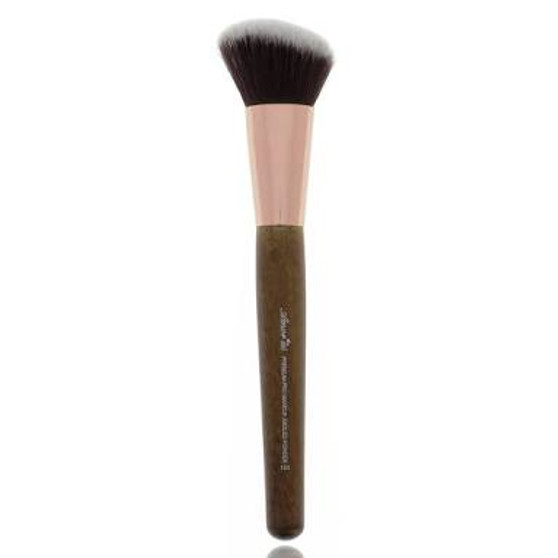 Amor Us Deluxe Angled Contour Brush #105