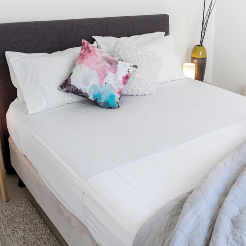 Conni X-wide Reusable White Bed Pad with Tuck-ins Conni SuperPharmacyPlus
