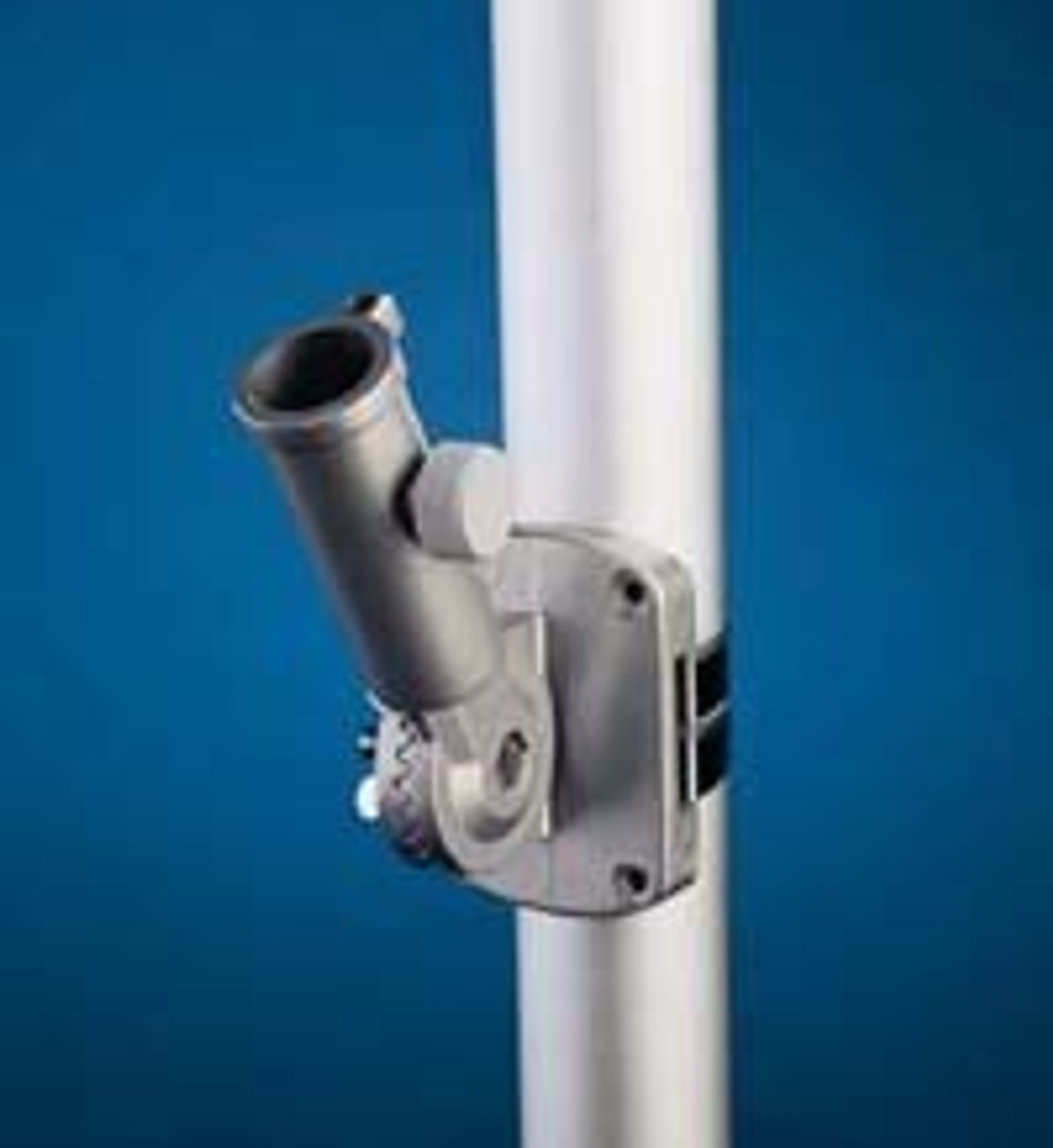 The adjustable mounting bracket sits attached to a pole securely.