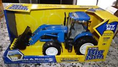 1:16 NEW HOLLAND T7050 TRACTOR WITH FRONT END LOADER