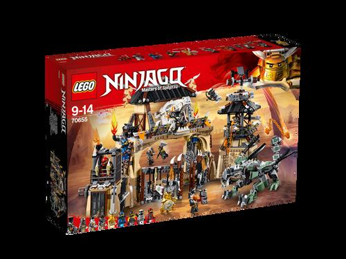 LEGO NINJAGO - DRAGON PIT