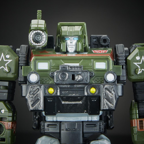 TRANSFORMERS GEN WAR FOR CYBERTRON DELUXE FIG -AUTOBOT HOUND