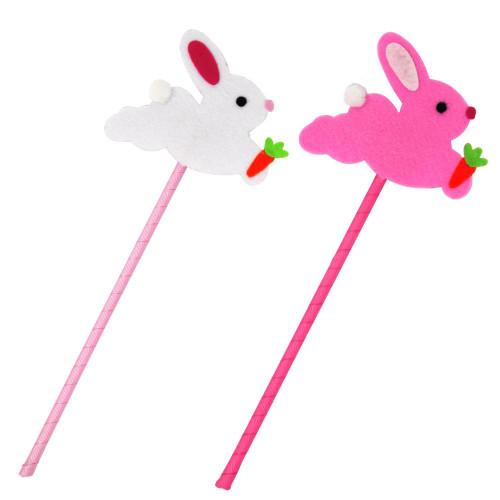 Bunny kisses felt wand