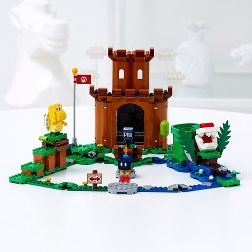 LEGO SUPER MARIO - GUARDED FORTRESS EXPANSION SET
