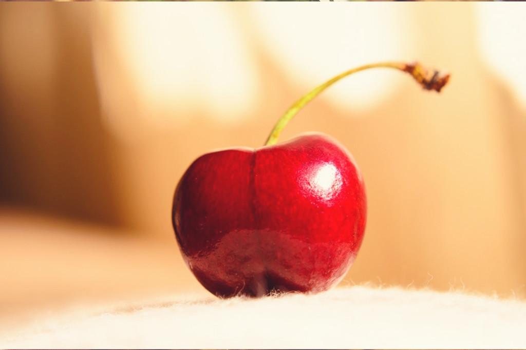 Tart Cherry Infused Bourbon Honey Whiskey Sour- Sous Vide