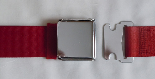 AIRCRAFT STYLE SEATBELT RED