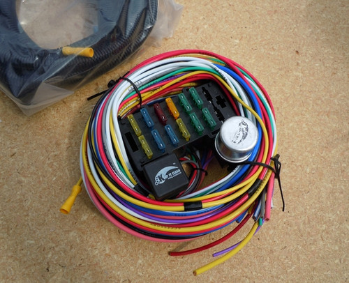 12 FUSE 12 CIRCUIT WIRING HARNESS