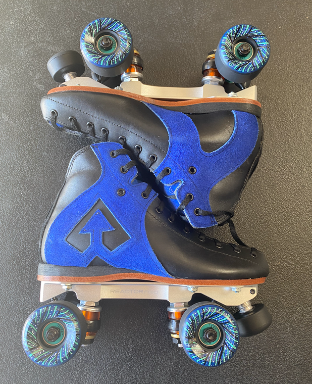 Antik AR1 Blue Skates - Size 5