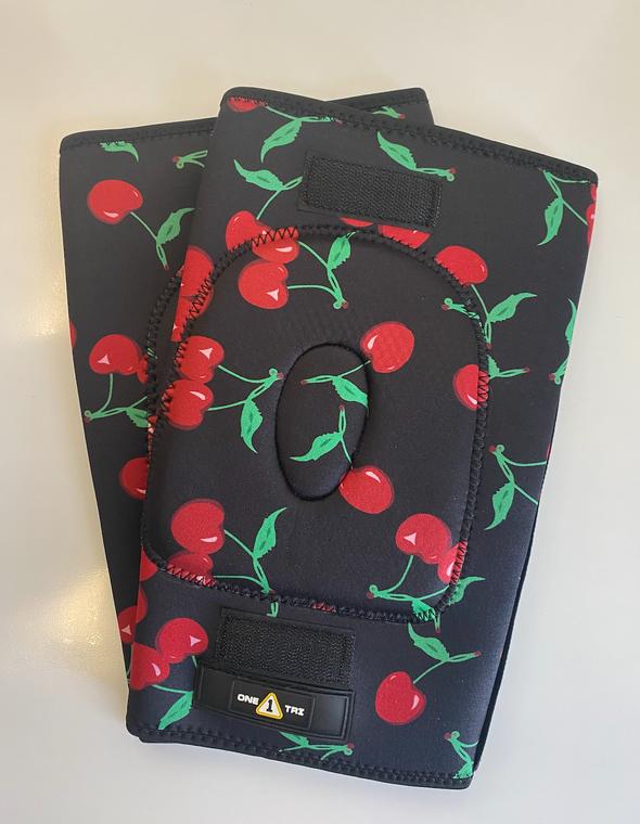 1Tri Knee Gaskets - Cherries