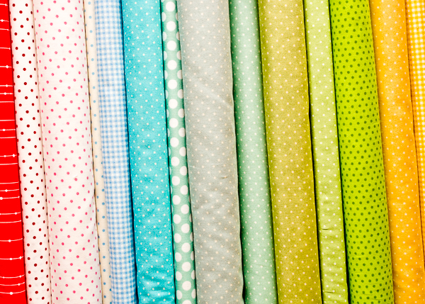Blender fabrics for quilting UK - Search by colour from our selection of 100% cotton patchwork blender fabric. Buy blenders by the metre. Pre cut fabric packs, fat quarter bundles, layer cakes, jelly rolls and charm squares.