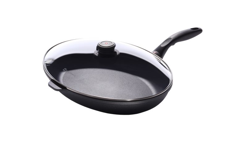 Nonstick Oval Fish Pan with Lid   HD Classic
