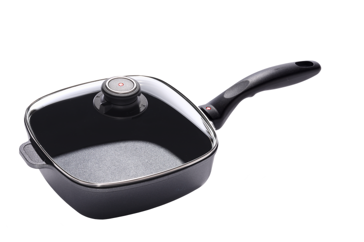 """2.1 Qt (8"""" x 8"""") Nonstick Induction Square Saute Pan with Lid   HD Classic"""