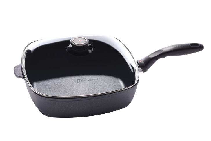 """5 Qt (11"""" x 11"""") Nonstick Induction Square Saute Pan with Lid 