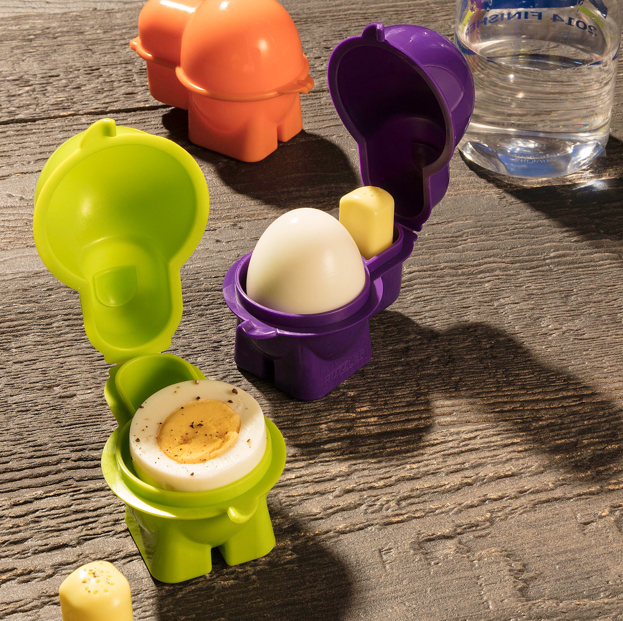 Egg To Go Container For Hardboiled Eggs With Salt Shaker