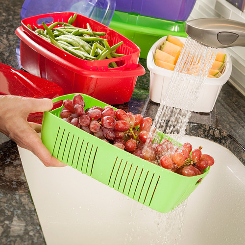 Hutzler Fruit Saver Basket, washing berries