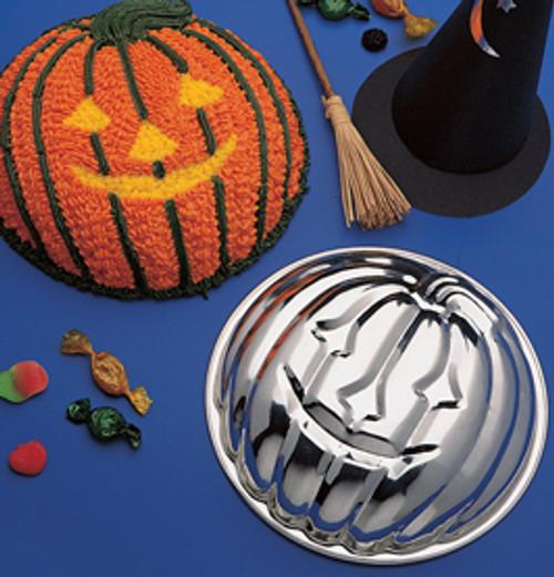Decorated Halloween Jack O Latern Cake