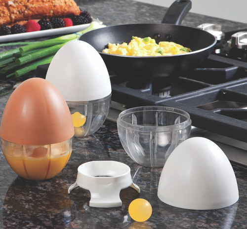 Egg Scrambler with Scrambled Eggs