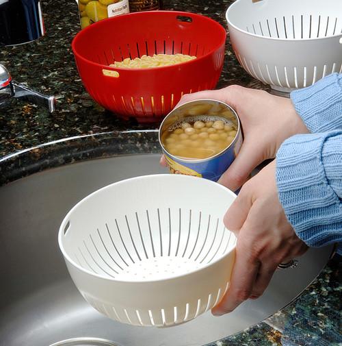 Mini Colander straining beans