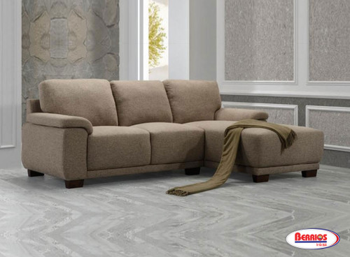 886L Aria Sectional Living Room