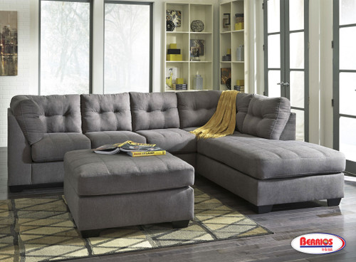 45200C Maier Charcoal Sectional Living Room
