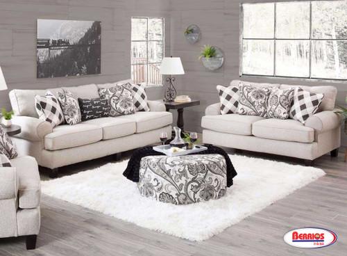 4200 Shadowfax Dove Living Room