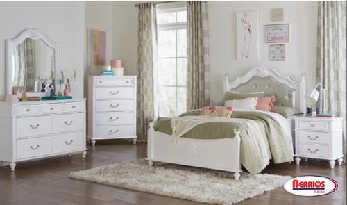 8446 White Twin Juvenile Bedroom