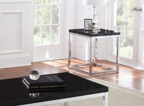 61829 Madelyn End Table