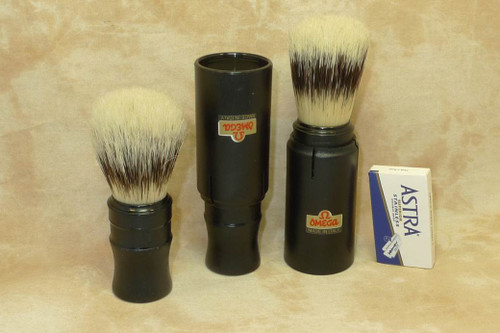 Omega 50014 Boar Travel Brush